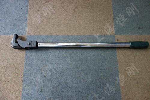 小型螺栓紧固扭矩扳手图片(可配管钳头)